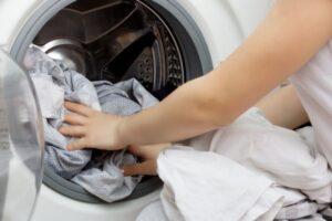 ¿Qué significa soñar que estás lavando la ropa?